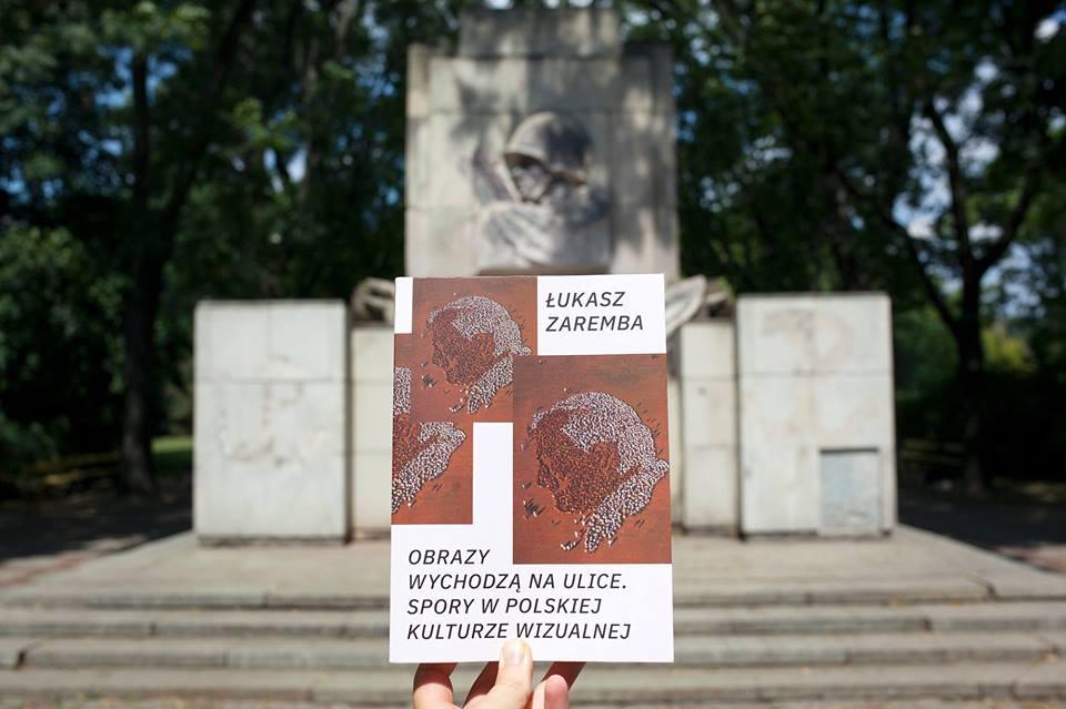 Pomniki wychodzą naulice. Premiera książki idebata